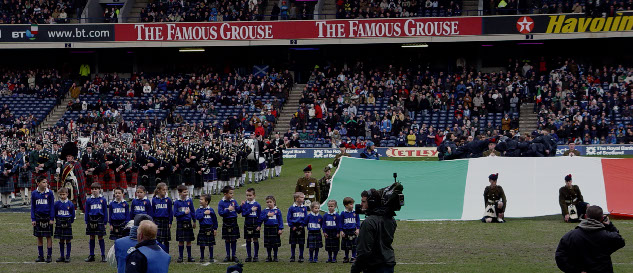 Clan Italia provided the Italian National Tartan kilts for the mascots of the Italian Rugby team at Murrayfield, Edinburgh for 6 Nations 2005